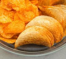 Jak powstały chipsy? Poznaj historię tej popularnej przekąski