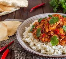 Kurczak z warzywami i kurkumą: przepis na aromatyczny obiad + WIDEO