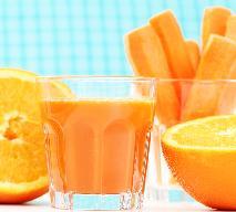 Napój marchwiowo-pomarańczowy