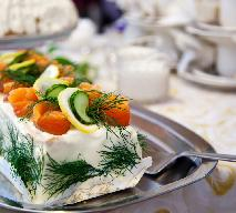 Tort kanapkowy z łososiem wg Magdy Gessler