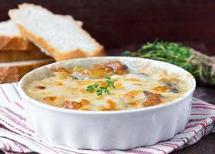Zapiekanka ze świeżych grzybów po litewsku: sprawdzony przepis