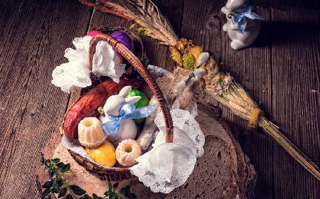 Święconka: co włożyć do koszyczka ze święconką i dlaczego?