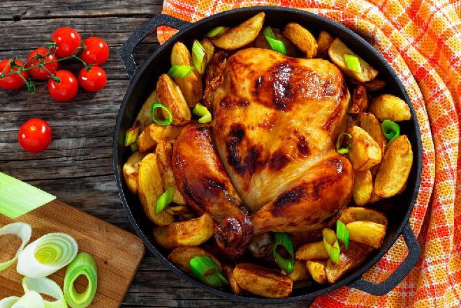 Kurczak pieczony w całości: przepis na kurczaka