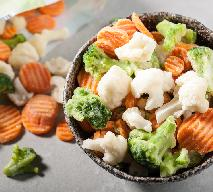 Chrupiący bukiet warzyw z mrożonki: jak upiec mrożone warzywa