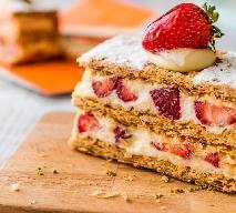 Waniliowa kremówka z truskawkami - idealny deser na lato
