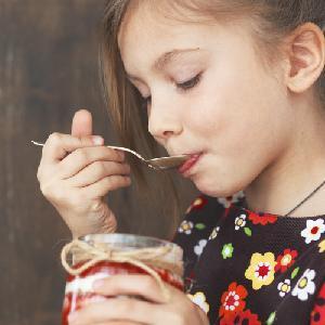 Pomysły na zdrowe śniadanie dla dzieci – przepisy na 7 dni tygodnia
